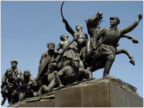 Памятник Чапаеву в Куйбышеве (Самара)