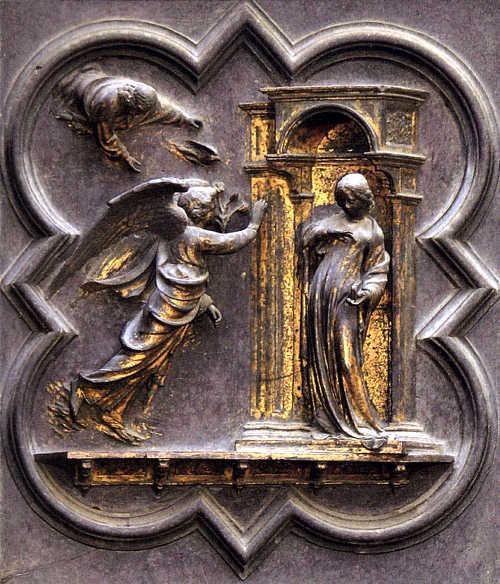 Барельеф «Благовещение» на северных воротах флорентийского баптистерия